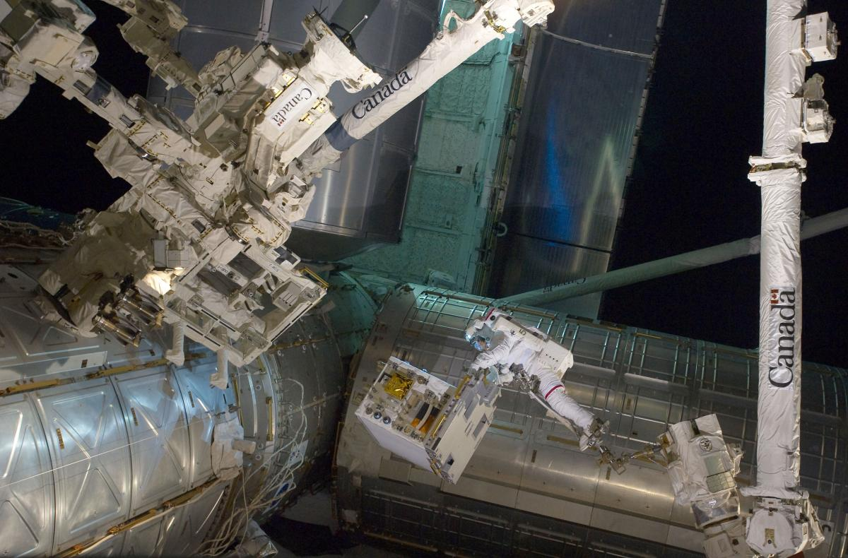 RRM2 moved to position on ISS